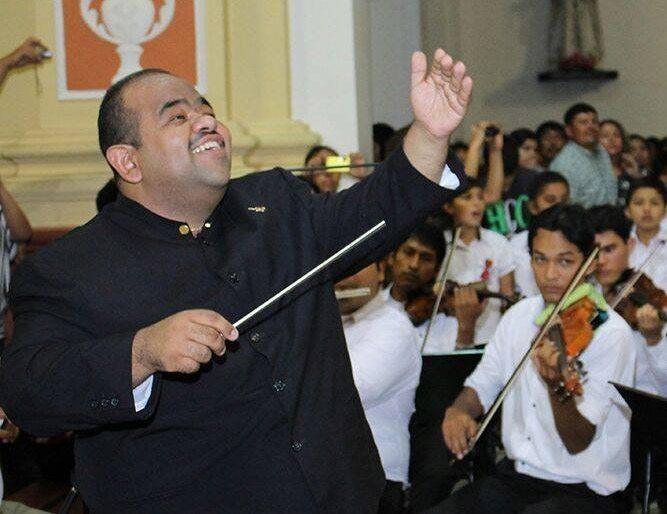 Pablo Morales Daal dirigirá a la Orquesta Sinfónica de Trujillo, Perú