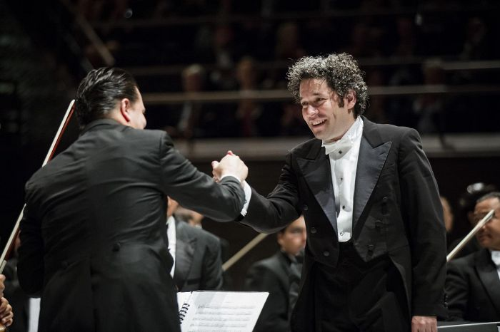 Grandes nombres en la temporada inaugural de la Filarmónica del Elba