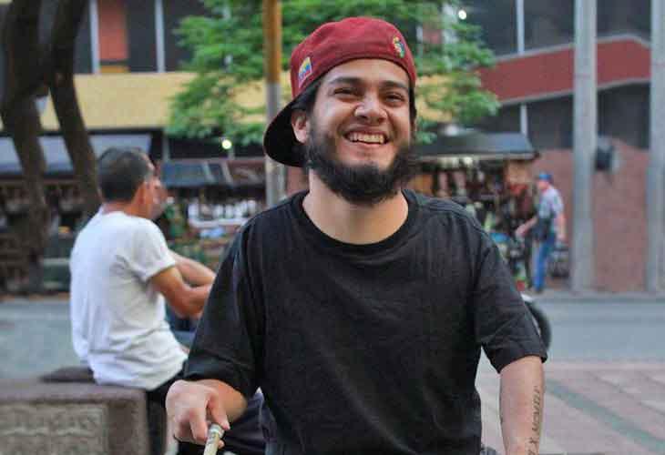 """La """"Pasión"""" de un baterista venezolano que se abre paso en Colombia"""