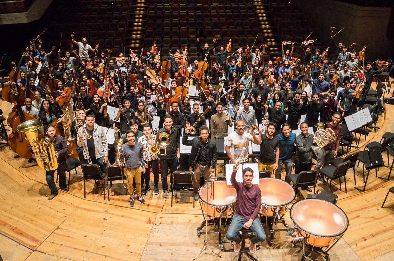 Orquesta Sinfónica de Caracas, Fotografía Carlos Vargas Ovalle