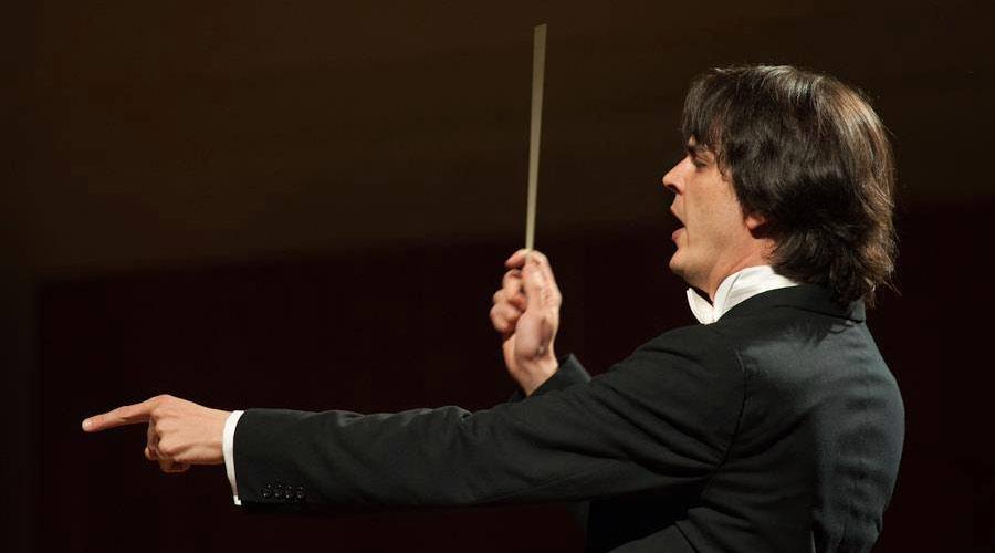 Carlos Izcaray inicia la temporada de conciertos No.52 de la American Youth Symphony de los Ángeles