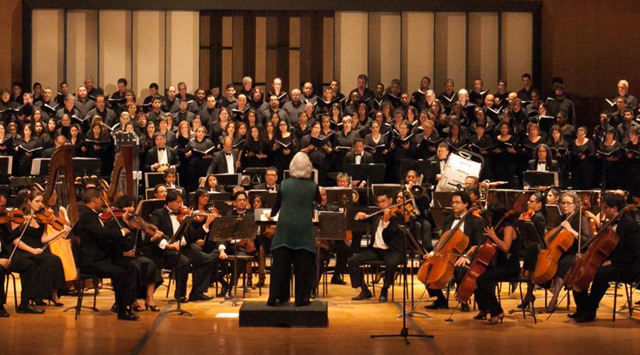 La Schola canta ópera en el Teresa Carreño