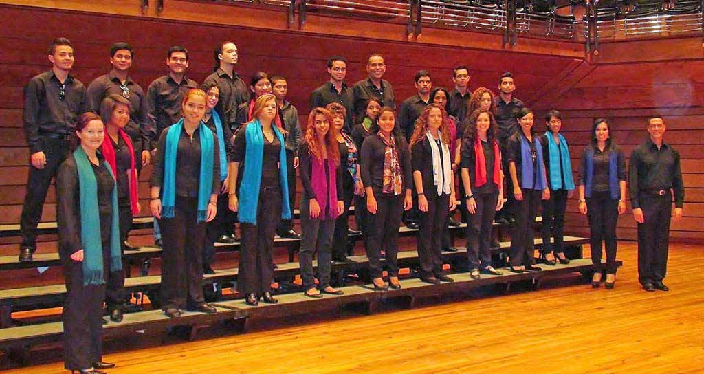 Coro Juvenil del CMSB estrena obras sacras y le canta a Latinoamérica
