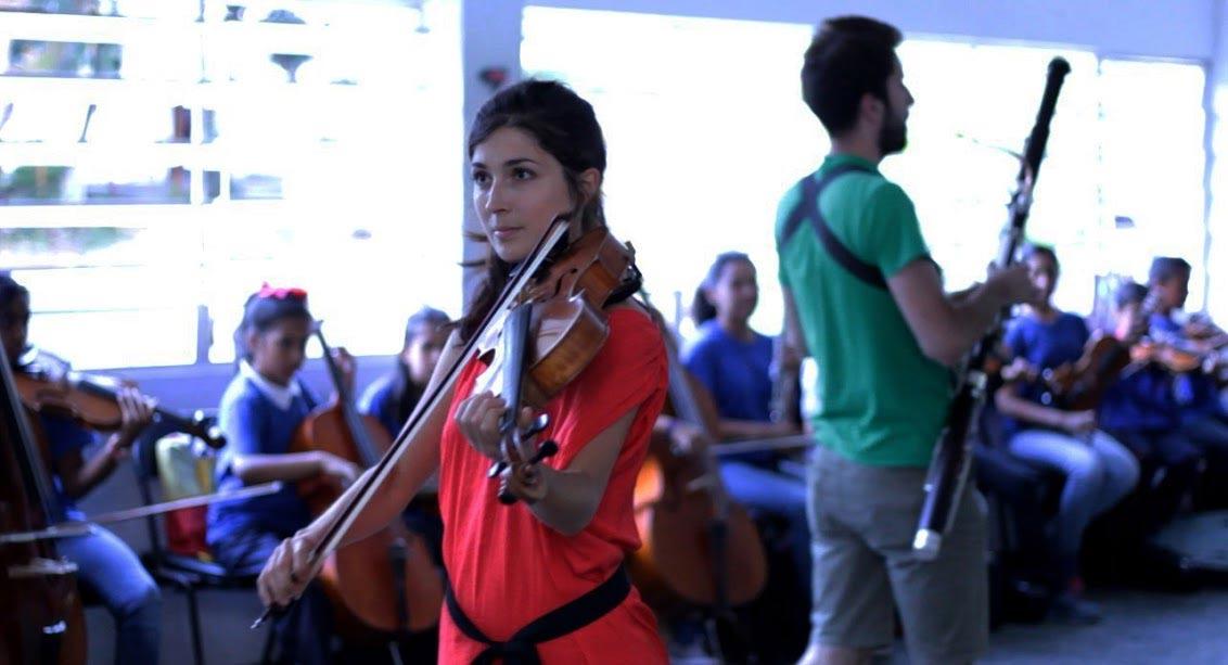 Estudiantes del Conservatorio Superior de París mostraron sus propuestas de educación musical en El Sistema