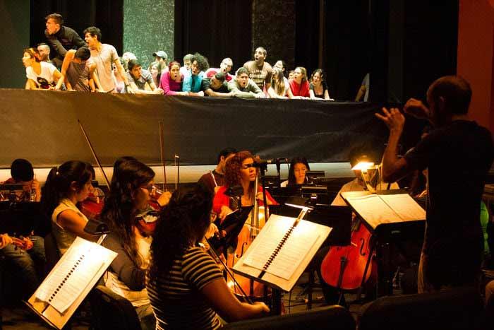 El Sistema canta al amor contra todos los obstáculos en la ópera Orfeo y Eurídice