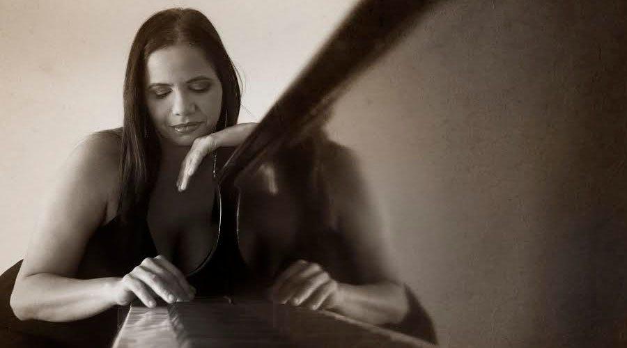 Escenas Infantiles primer disco de la pianista Vilma Sánchez