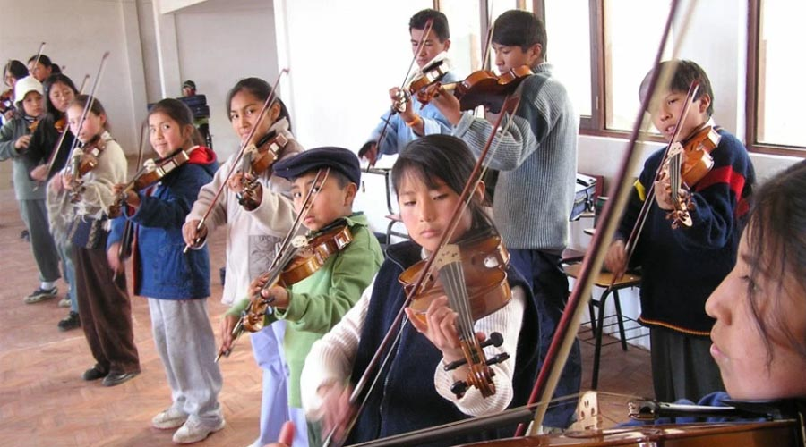 El Sistema y la CAF siguen sembrando valores en niños y jóvenes de Latinoamérica con el Programa Música para Crecer