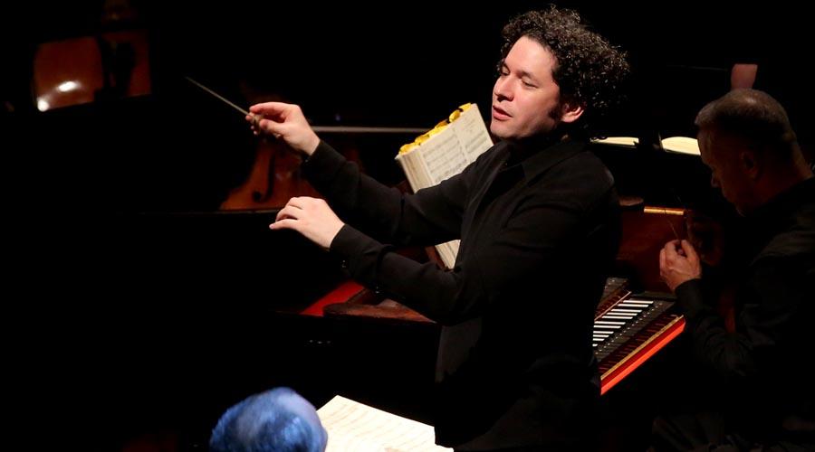 Gustavo Dudamel dirigirá su primer Concierto de Año Nuevo