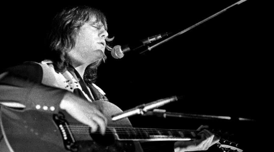 Falleció Greg Lake, músico clave del rock sinfónico