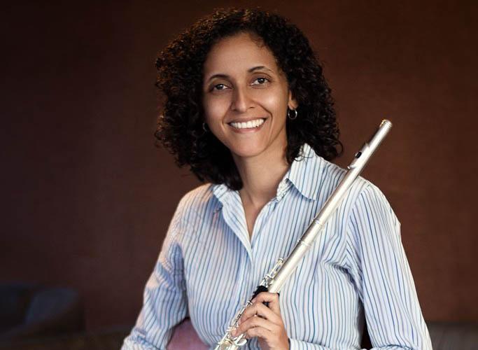 María Gabriela Rodríguez une las flautas en México
