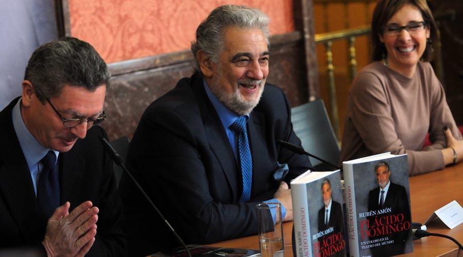 Plácido Domingo: sus buenos y malos momentos en su biografía recién publicada