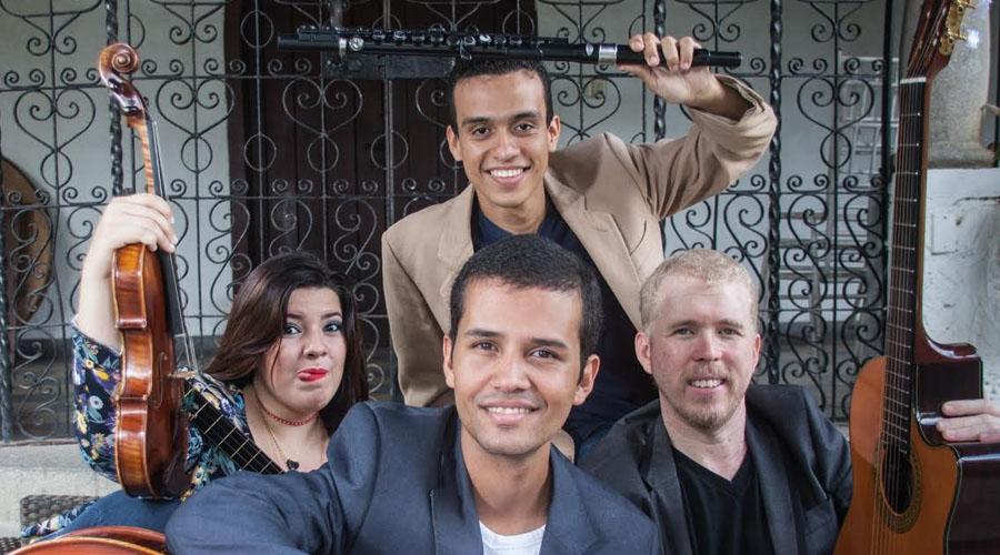 """Ensamble """"Quatretto"""" cosecha éxitos con su disco homónimo"""