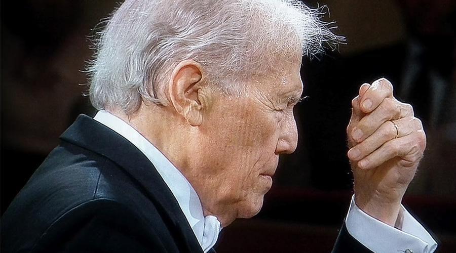 Muere, a los 92 años, el director de orquesta francés Georges Prêtre