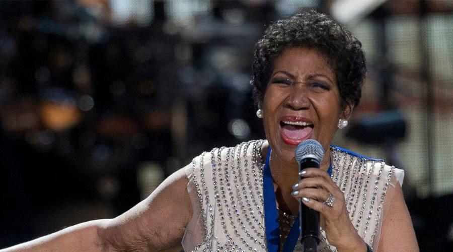 La cantante de jazz y gospel Aretha Franklin anunció que se retira de los escenarios