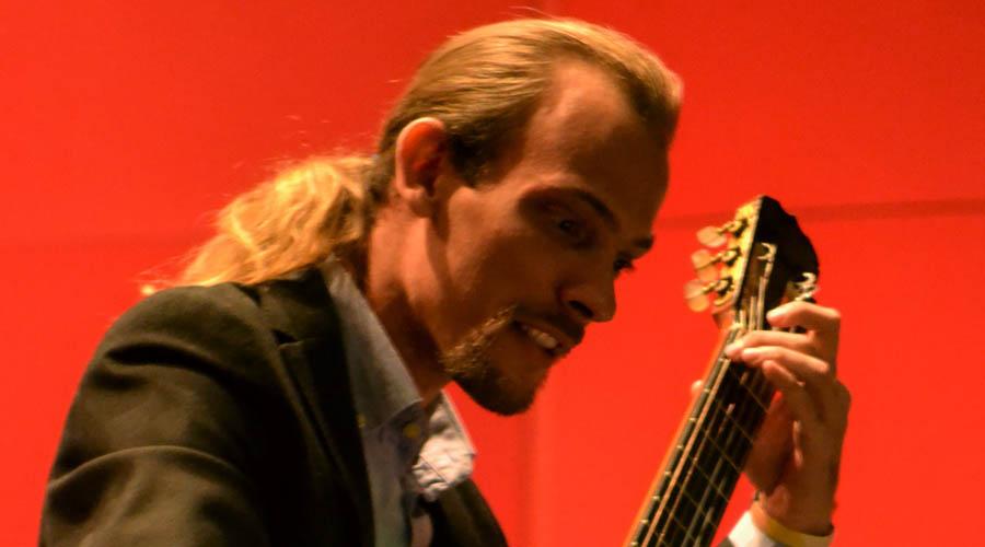 Jonnathan El Barouki ofreceráCursos de Guitarra en Los Galpones