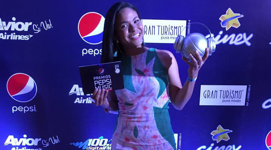 """""""Elegante Guajira"""" de Ana Paola Rincones ganadora del Mejor Disco Clásico del Año"""