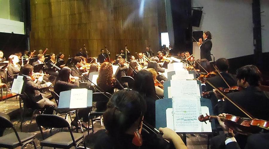 La Orquesta Sinfónica de Falcón y la Agrupación Polifónica Coral Falcón celebran el 42 Aniversario de El Sistema Nacional de Orquestas y Coros Juveniles e Infantiles de Venezuela.