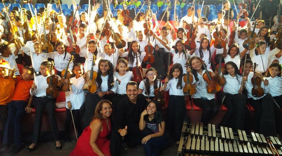 Las Orquestas Juveniles de Portuguesa y Barinas celebran juntas los 42 de El Sistema