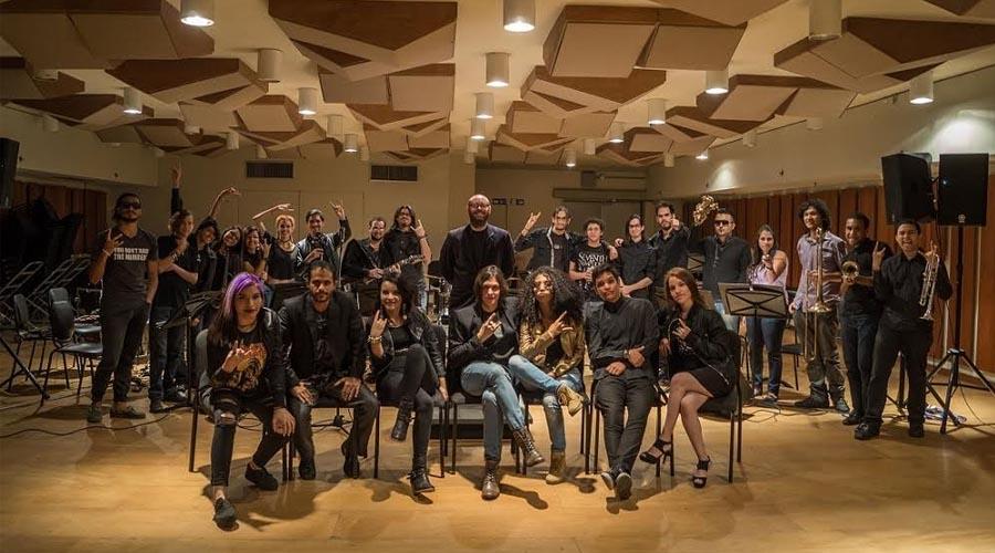 """La Orquesta de Rock Sinfónico Simón Bolívar presenta su """"TributoaQueen"""" con un formato renovado"""