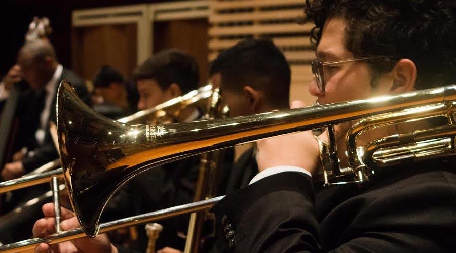 Delightful La Simón Bolívar Big Band Jazz Rinde Homenaje Póstumo Al Arquitecto Tomás  Lugo Y Celebra El 50º Aniversario Del Colegio ...