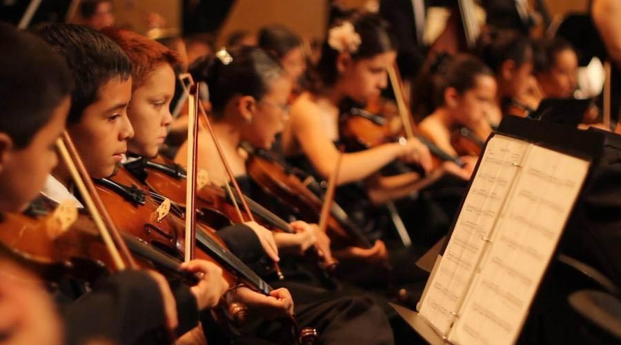 La Orquesta Juvenal Ravelo toca el domingo en el Centro Daniel Suárez