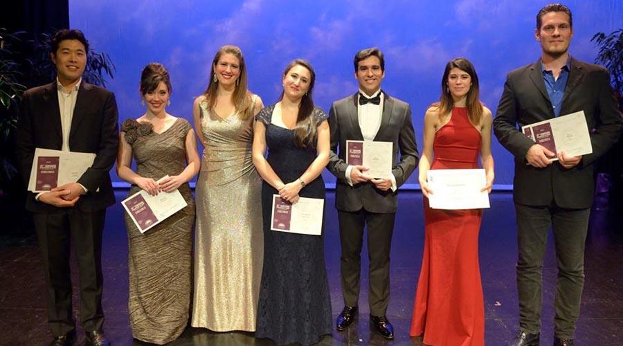 César Arrieta se alza con el segundo premio en la categoría masculina del Concurso Internacional de Canto Ciudad de Logroño 2017