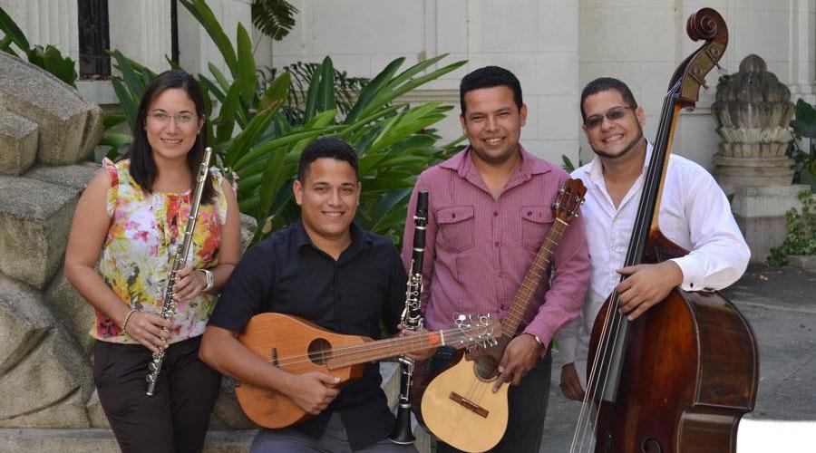 Venezolanísimos, Ensamble Guayoyo: nacido en Venezuela