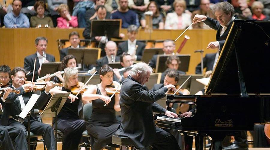 El Palau de la Música de València busca director con experiencia y «frescura»