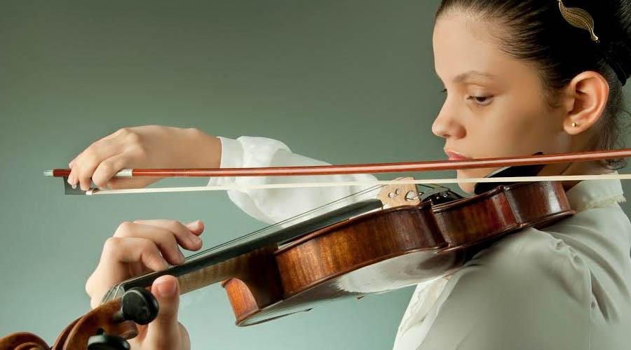 Rusia celebra día de independencia con la Orquesta Filarmónica Nacional