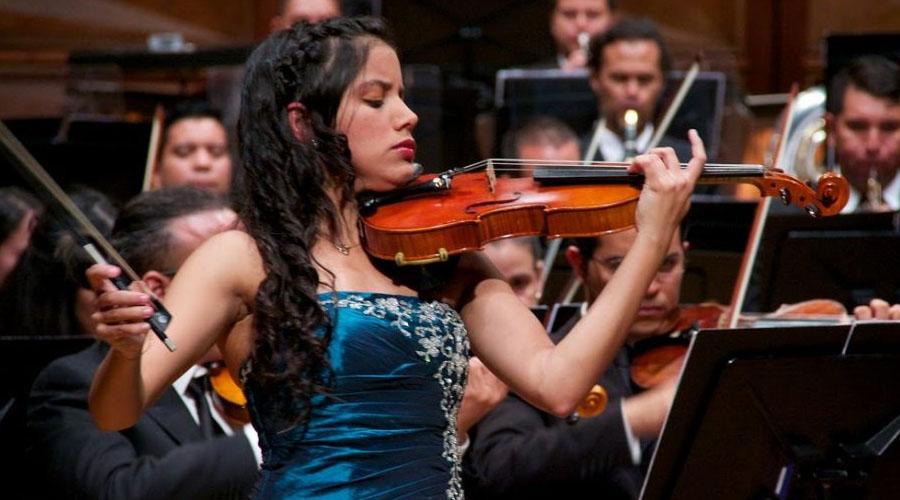 Lila Vivas y David Viña ofrecen su versión del Concierto para dos violines de J. S. Bach