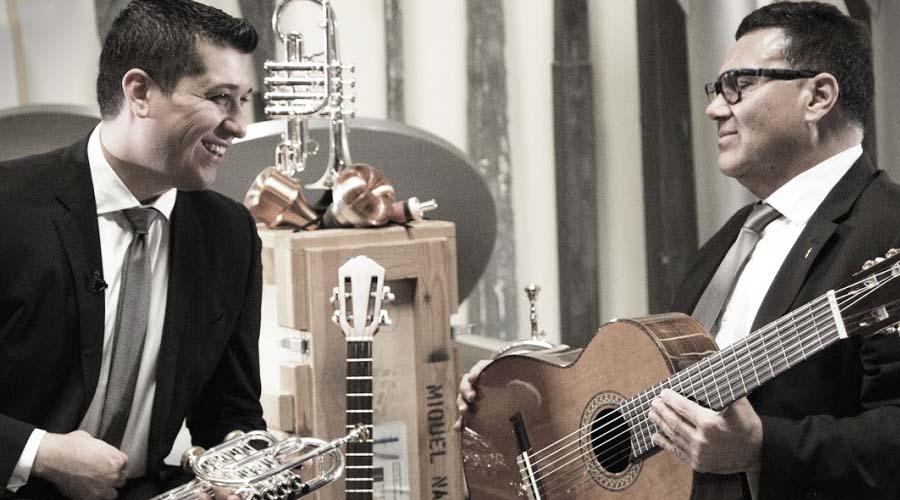 Pacho Flores y El Pingüino González, Medalla de Oro en los Global Music Awards 2017