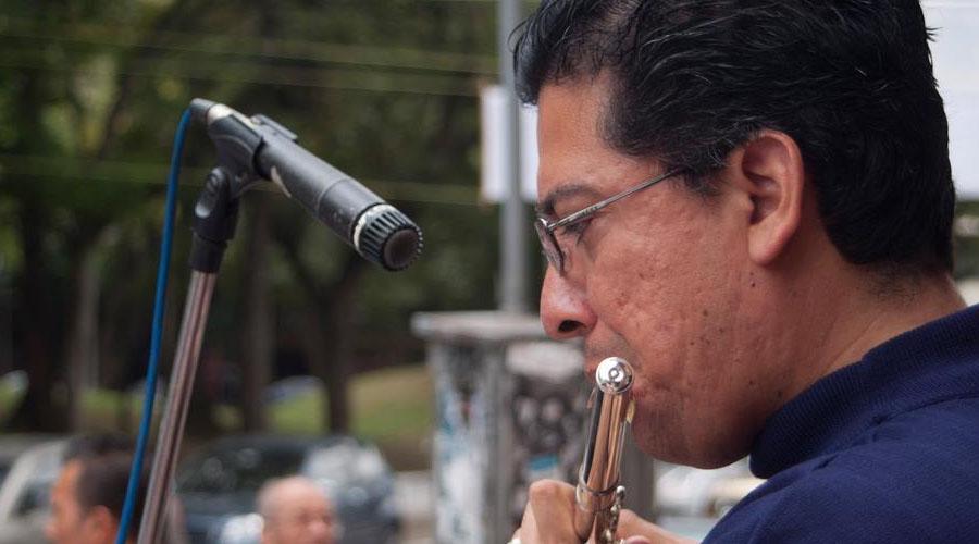 """El maestro Ramón Moncada conduce a la Orquesta """"Simón Bolívar"""" del Táchira en concierto de gala"""