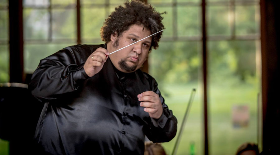 Gerardo Estrada cierra la Temporada de la Sudecka Filharmonia