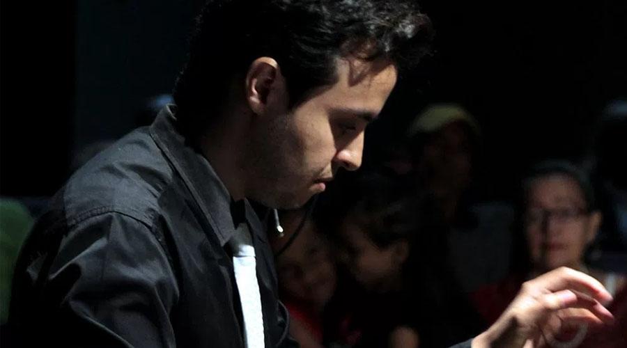 Conversatorio con el pianista Juan José Bernal