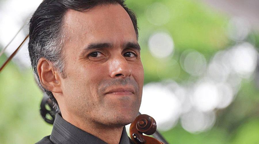 Alfonso López Chollet, violinista de corazón, director por convicción