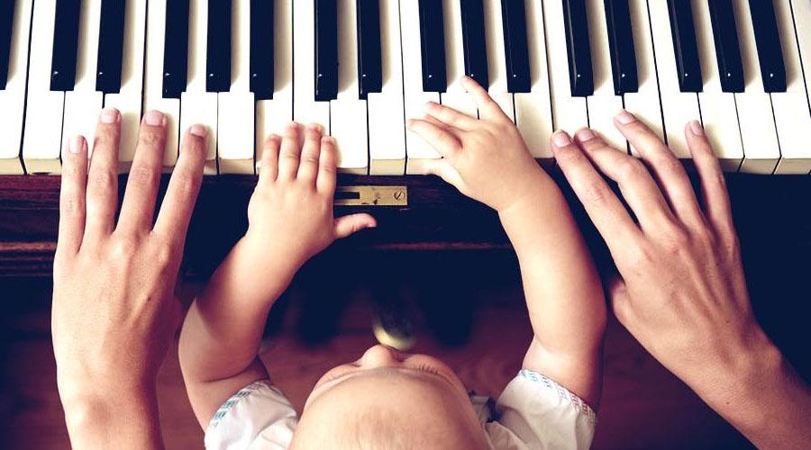 Un químico cerebral podría prolongar la habilidad infantil de aprender música y lenguas