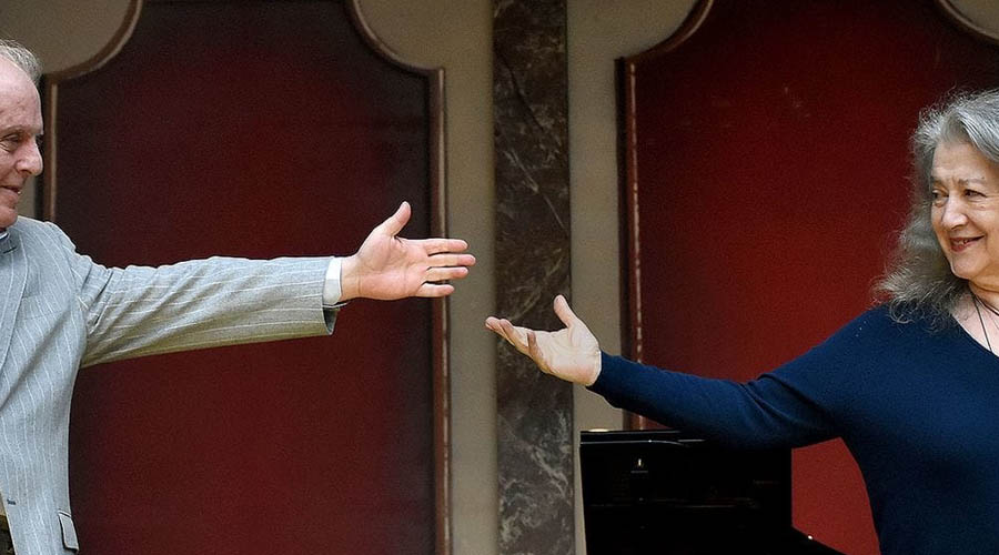 Daniel Barenboim y Martha Argerich tocaron el piano a dúo ante más de 10.000 espectadores