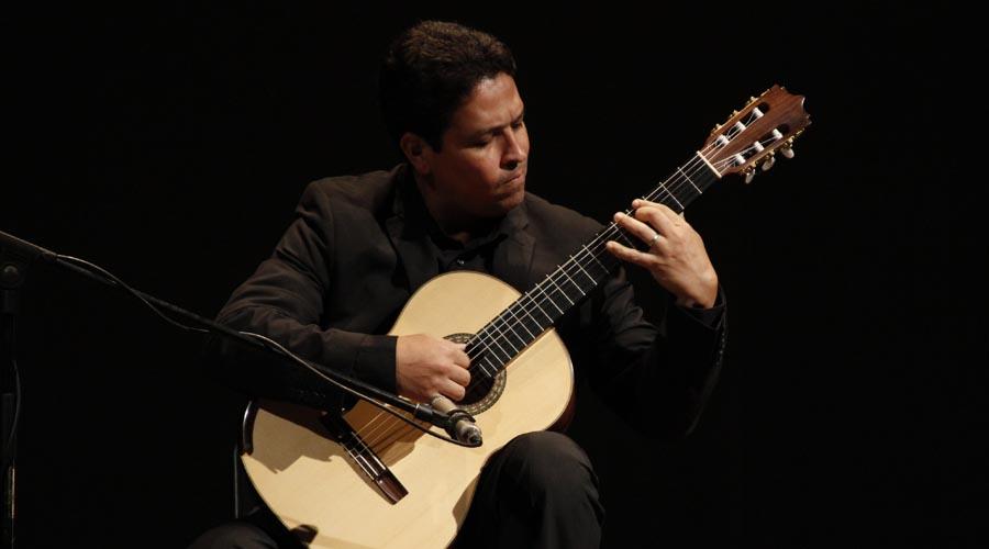 Guitarristas venezolanos rinden homenaje al maestro José Luis Lara