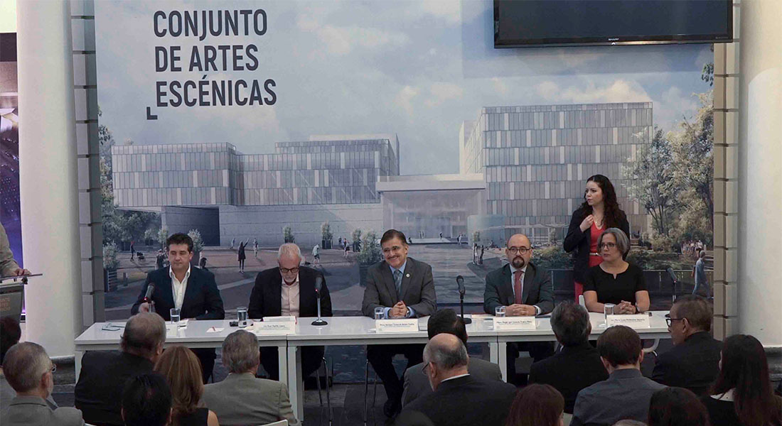 Plácido Domingo, la voz que inaugurará el Conjunto de Artes Escénicas