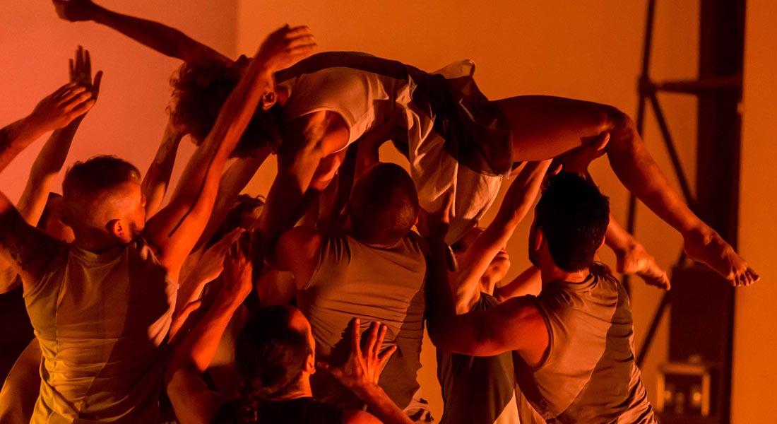 Teresa Danza Contemporánea se presenta en el Teatro Bolívar