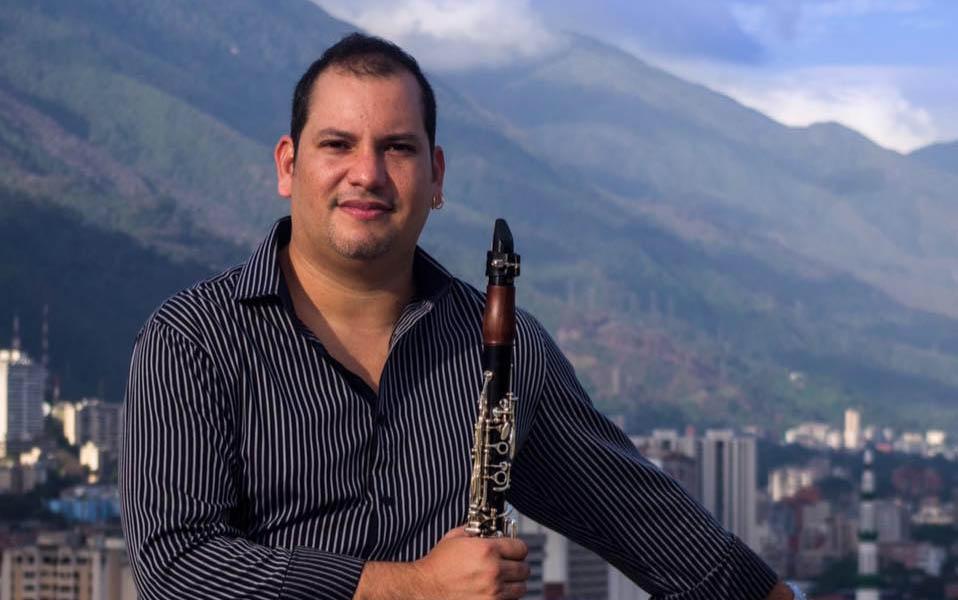 Jesús Antón conduce a la Sinfónica de Aragua
