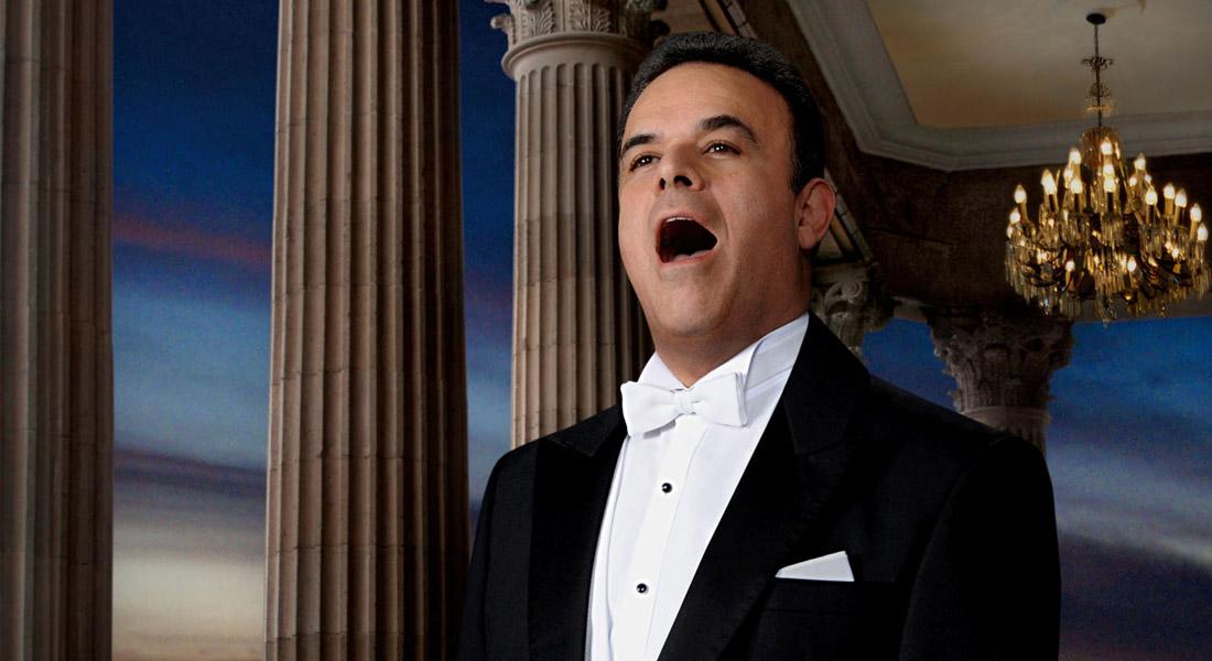 Ópera es dar el 100 %, pero música popular requiere emoción, dice De la Mora