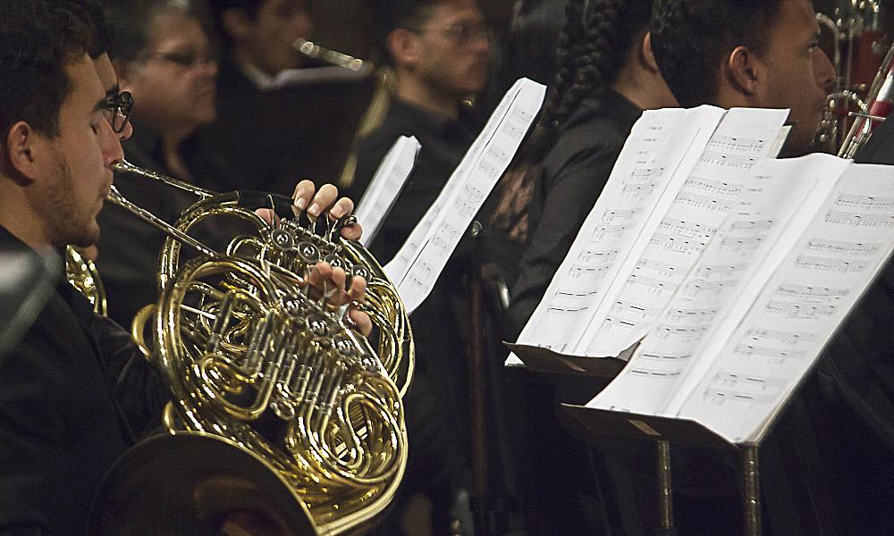 La Filarmónica se viste de gala para interpretar la música costarricense