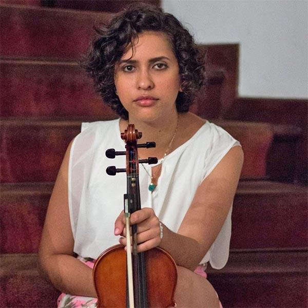 María Betania Hernández necesita de nuestra solidaridad para llegar a Brasil y recibir una beca de estudio