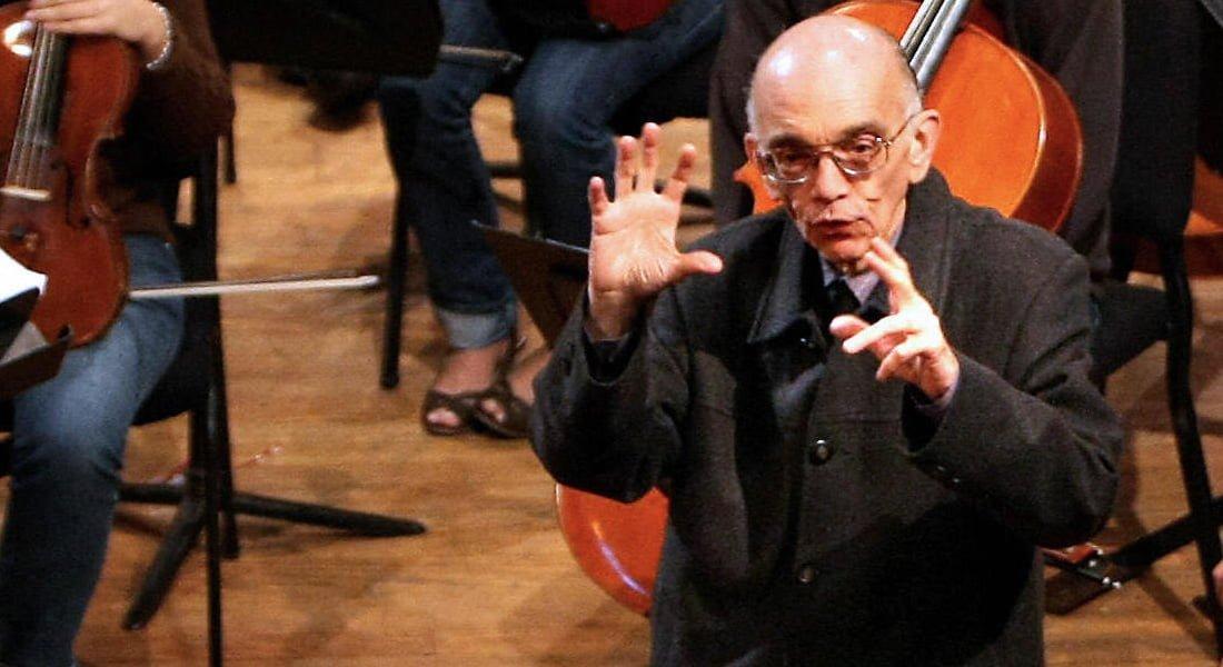 «El abuelo que se vino con su música a esta parte» por Tulio Hernández