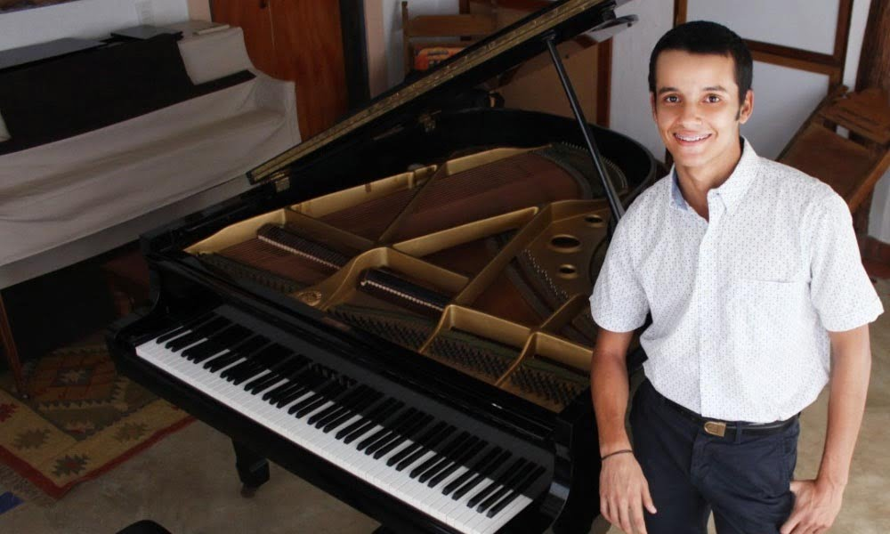 Arnaldo Gabriel Cogorno inicia campaña de recaudación «Un toque de Venezuela en Gotemburgo»
