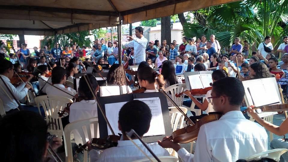 Guanare rindió homenaje al maestro de la música José Antonio Abreu