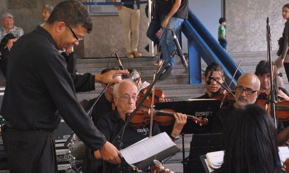 La Orquesta Típica Nacional sonó para los caraqueños en la Plaza Juan Pedro López