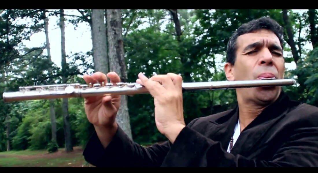 Huáscar Barradas y su flauta mágica seguirá sonando en el 2018