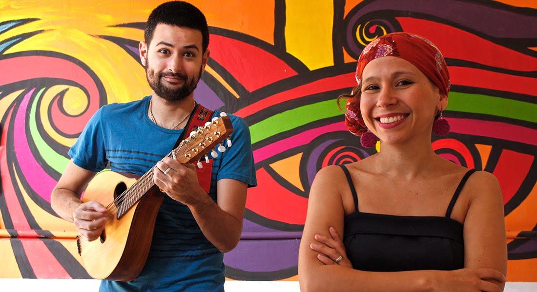Jorge Torres y Andrea Paola presentan la Torre de Grillos